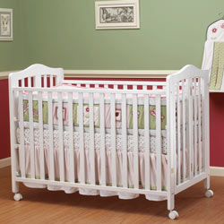 Lisa Full Size Foldable Crib