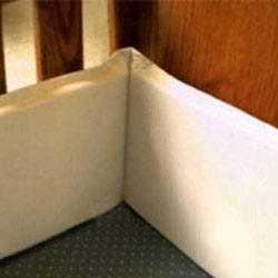 Wash 'n Wipe Vinyl Portable Crib Bumper