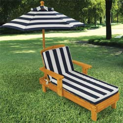 KidKraft Outdoor Chaise Lounge with Umbrella