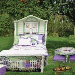 Garden Girl Twin Bed