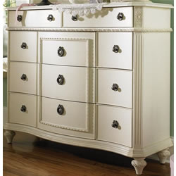 Emma's Treasures Bureau Dresser