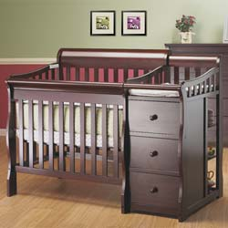 Newport 3 in 1 Mini Crib N Changer