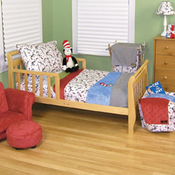 Trend Lab, LLC Dr. Seuss Cat in the Hat Toddler Bedding