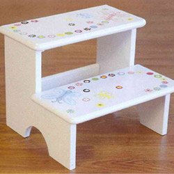 Butterfly Dots Step Stool