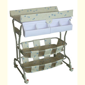Deluxe Baby Bath and Changer
