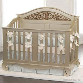Chelsea Lifetime Convertible Crib