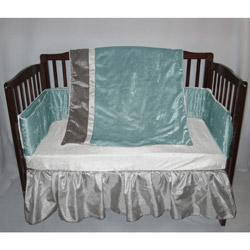 Velvet Crocodile Crib Bedding