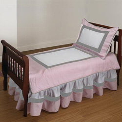 Ever So Sweet Toddler Bedding