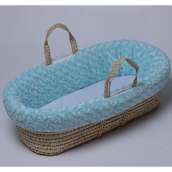 Cuddles & Kisses Moses Basket