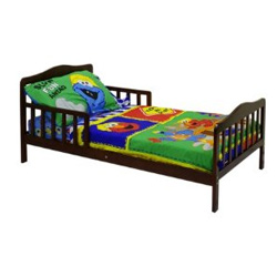 Classic Toddler Bed