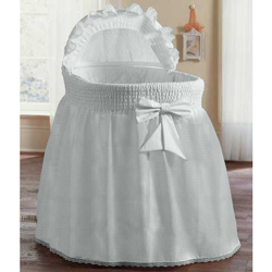 Embossed Damask Creation Bassinet Set