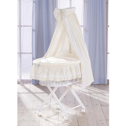 Exquisite Enchantment Bassinet