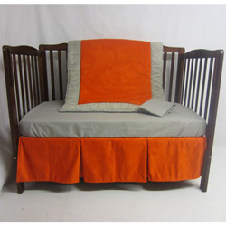 Suede Susie Crib Bedding Set