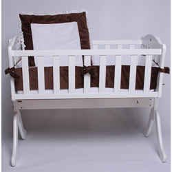 Snuggle Diamond Cradle Bedding