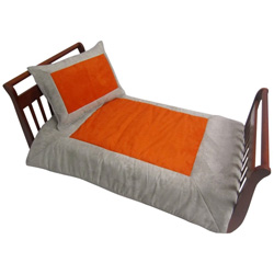 Suede Susie Toddler Bedding