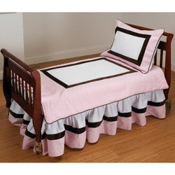 Chocolate Bordered Toddler Bedding