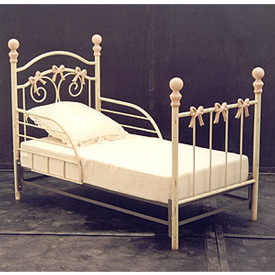 Bow Iron Toddler Bed