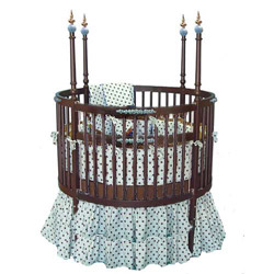 Chocolate and Blueberries Round Crib