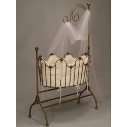 Sheer Beauty Iron Cradle