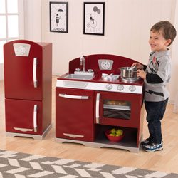 Cranberry Retro Kitchen & Refrigerator