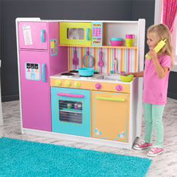 Deluxe Big and Bright Kitchen