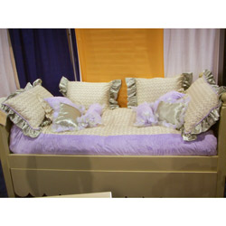 Lilac Trellis Twin Bedding Set