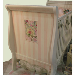 Square Rose Mosaic Crib
