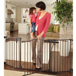 Deluxe Decor Safety Gate