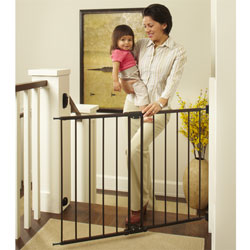 Easy Swing and Lock Safety Gate