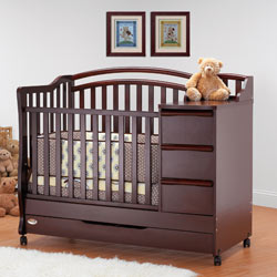 Lovely Mini Crib N Bed With Changer