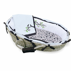 Singing Birds Moses Basket