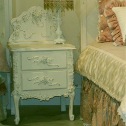 Queen's Rose Night Stand