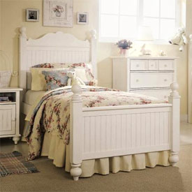 Summerhaven Bedroom Furniture Set