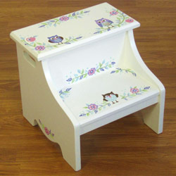 Owl Vine Step Stool