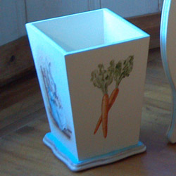 Storytime Waste Basket