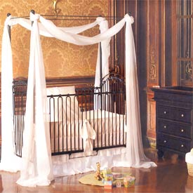 Venetian Nursery Furniture Set