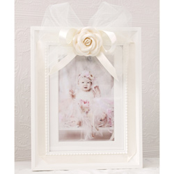 Tulle Bow Frame