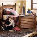 Harbor Town Louver Bed